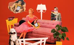 Vrouw in zetel die op een tablet leest met in een gedachtenwolk een halfnaakte man